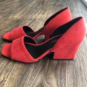 Uterque square open toe chunky heel size 37